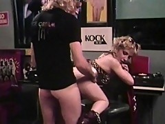 Blonde hussy in classic DP performance