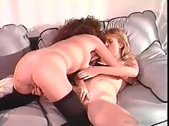 Sultry ladies explore their lesbian lust