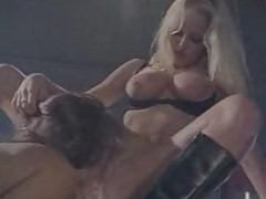 Racquel & Nikki dyke out and fuck in biker bar