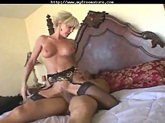 Sexy Blonde Cougar Cara Lott Drilling